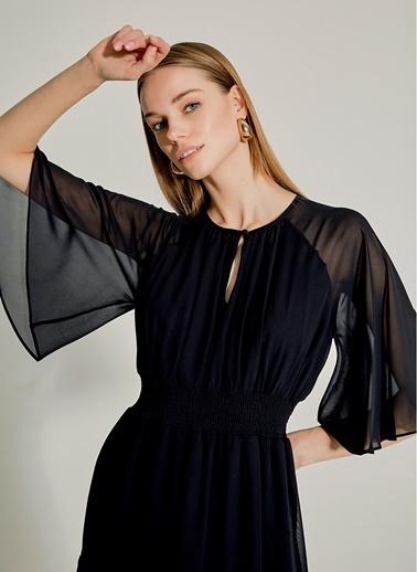 NGSTYLE Şifon Gipe Detaylı Midi Elbise Siyah
